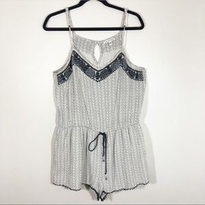 American Eagle Outfitters Romper Size Large
